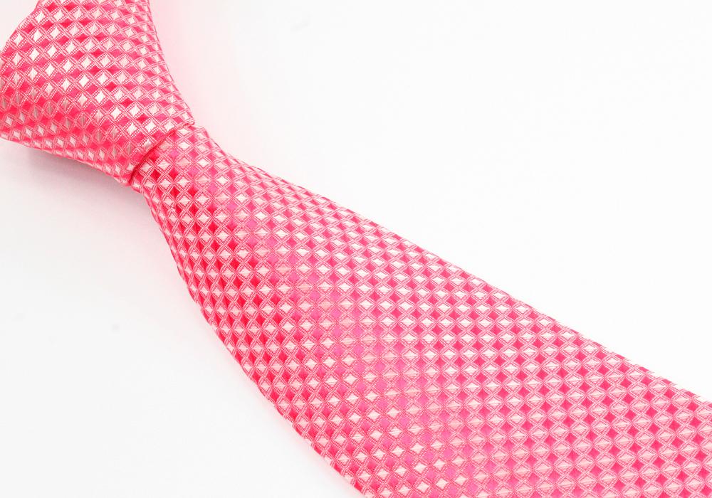 Růžová luxusní kravata pánská