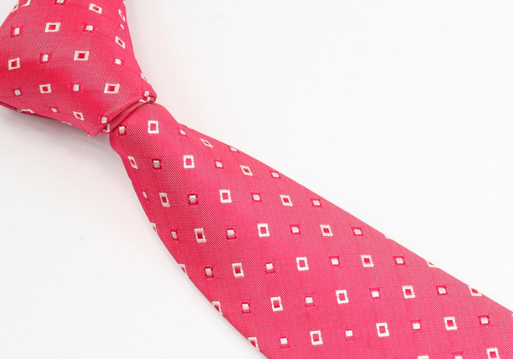Vzorkovaná růžová kravata pánská