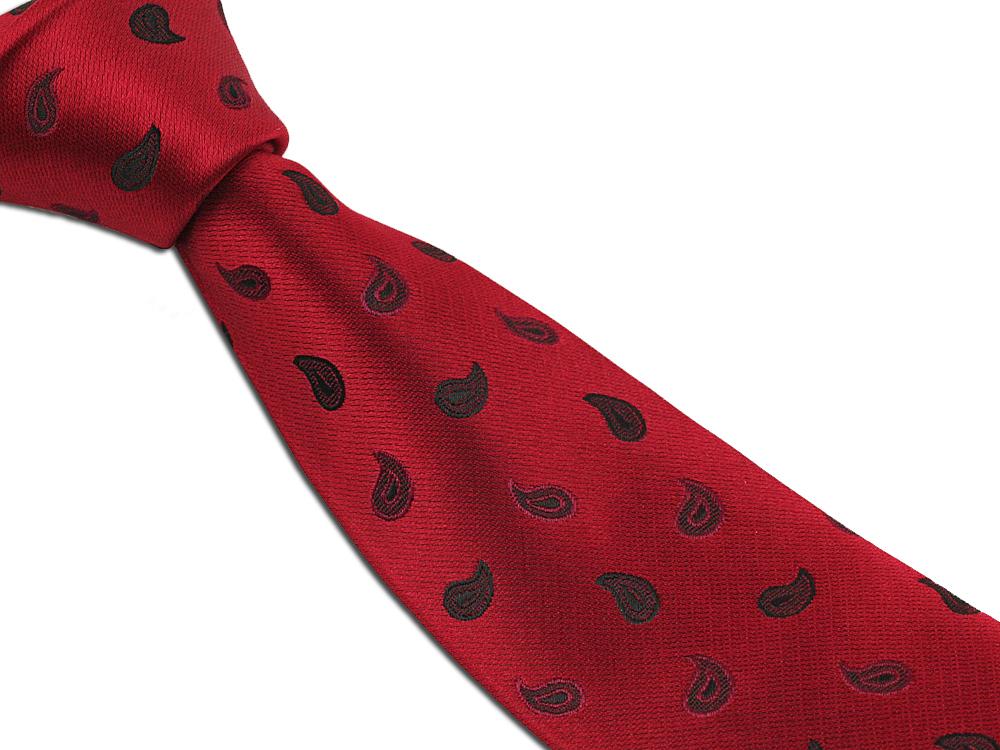 Červená kravata pro pány